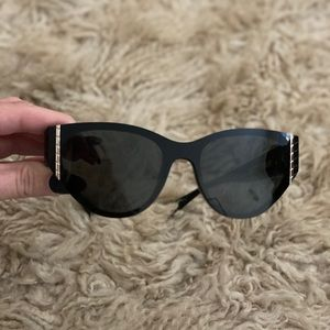CHANEL Cat Eye Sunglasses Black